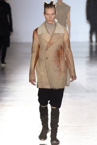 rick-owens-fall-winter-2015-collection-08-320x480