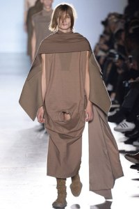 rick-owens-fall-winter-2015-collection-22-320x480