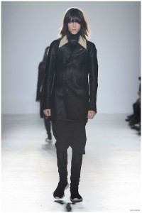 Rick-Owens-Fall-Winter-2015-Menswear-Collection-Paris-Fashion-Week-003-800x1203