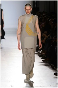 Rick-Owens-Fall-Winter-2015-Menswear-Collection-Paris-Fashion-Week-016-800x1204