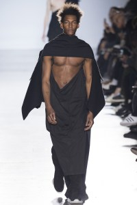 Rick-Owens-FallWinter-2015-Collection-DerriusPierreCom-18